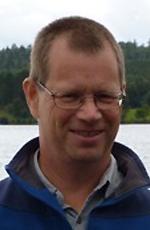 """""""Vår forskning visar att sjöar och vattendrag spelar en väsentlig roll både som källa och sänka för koldioxid även på global skala"""" säger Lars Tranvik, professor vid Uppsala universitet"""