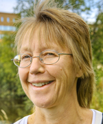 Kerstin Westin är professor i kulturgeografi – och själv skogsägare – och ingår i den starka forskningsmiljön Plural.