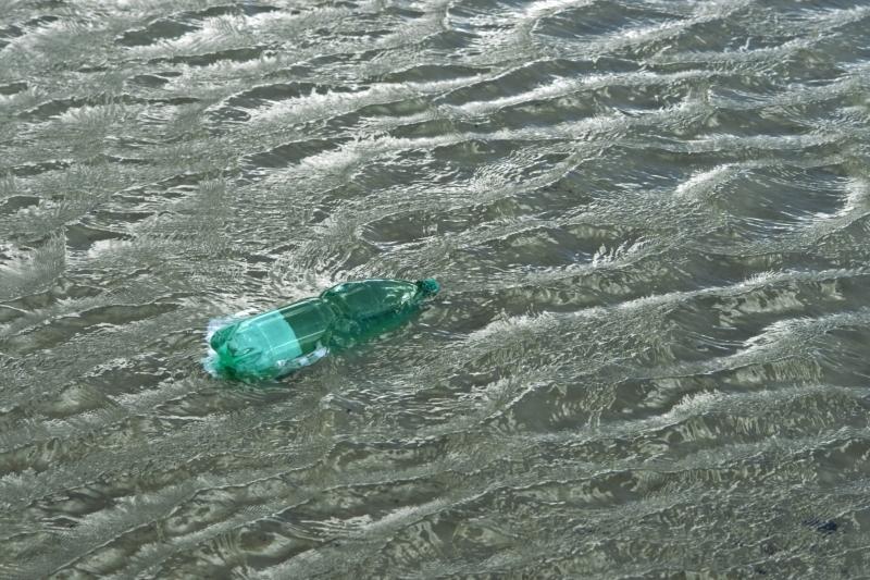 Drastisk ökning av plastavfall i haven